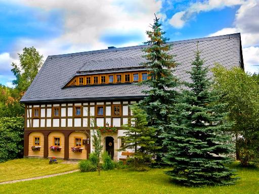 Traditionelle Umgebindehäuser im Zittauer Gebirge